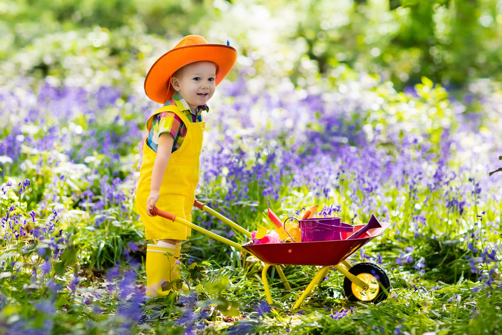 30 Fun Spring Activities For Kids! Indoors And Out